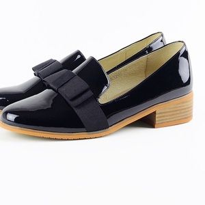 Oriental trading loafers